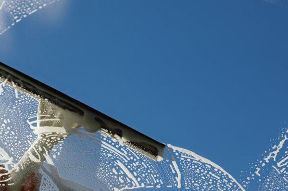 Service de nettoyage des vitres à Pont-Evêque